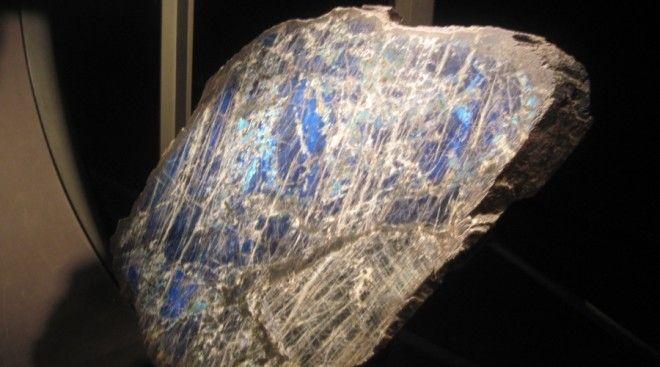 9 загадочных вещей внеземного происхождения