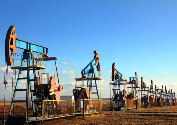 МЭА ожидает увеличения дефицита нефти к 2020 году