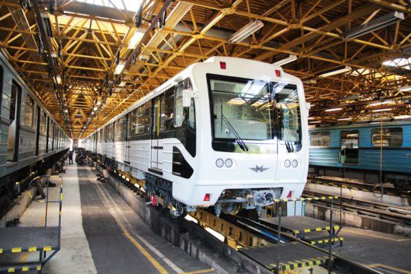 В Подмосковье ремонтируют вагоны для европейского метро