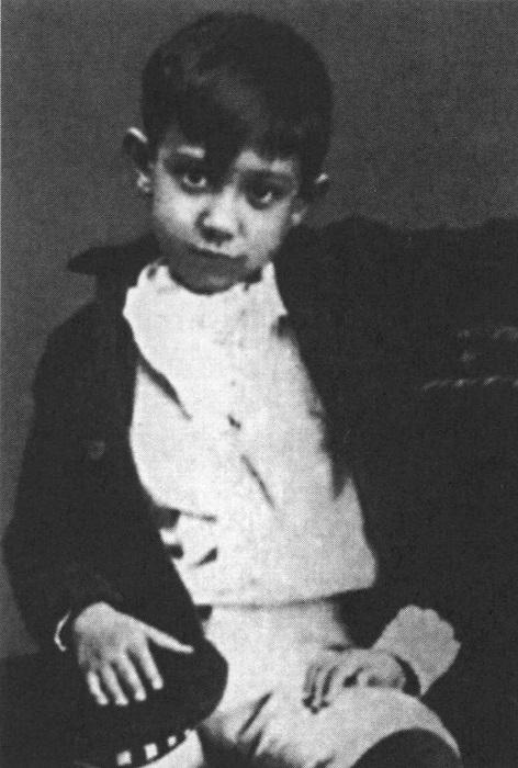 Пабло Пикассо в детстве. | Фото: images.tildacdn.info.