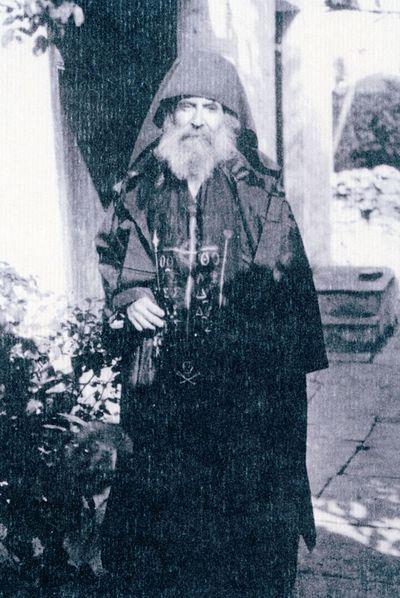 Писатель Александр Мораитидис после принятия иноческого пострига