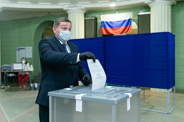 Андрей Бочаров: «Предложенные Президентом РФ поправки стали по-настоящему всенародными и обеспечивают развитие страны на десятилетия вперед»