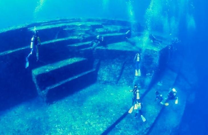 14. Подводные пирамиды в Японии загадка, интересное, мир, океан, секрет, тайна, тихий