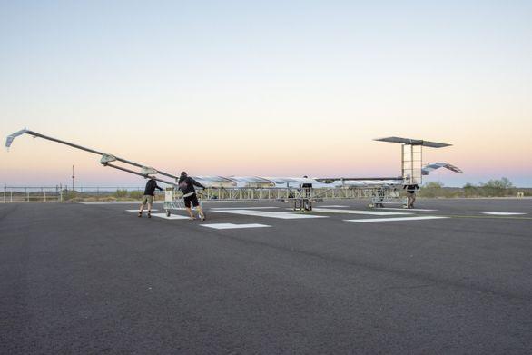 Высотный беспилотник Zephyr производства Airbus совершил успешный испытательный полет в Аризоне, США