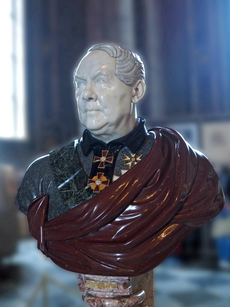 St.Isaac's. Bust of Auguste de Montferrand.jpg