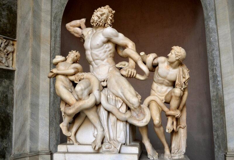 С этой скульптуры начались музеи Ватикана