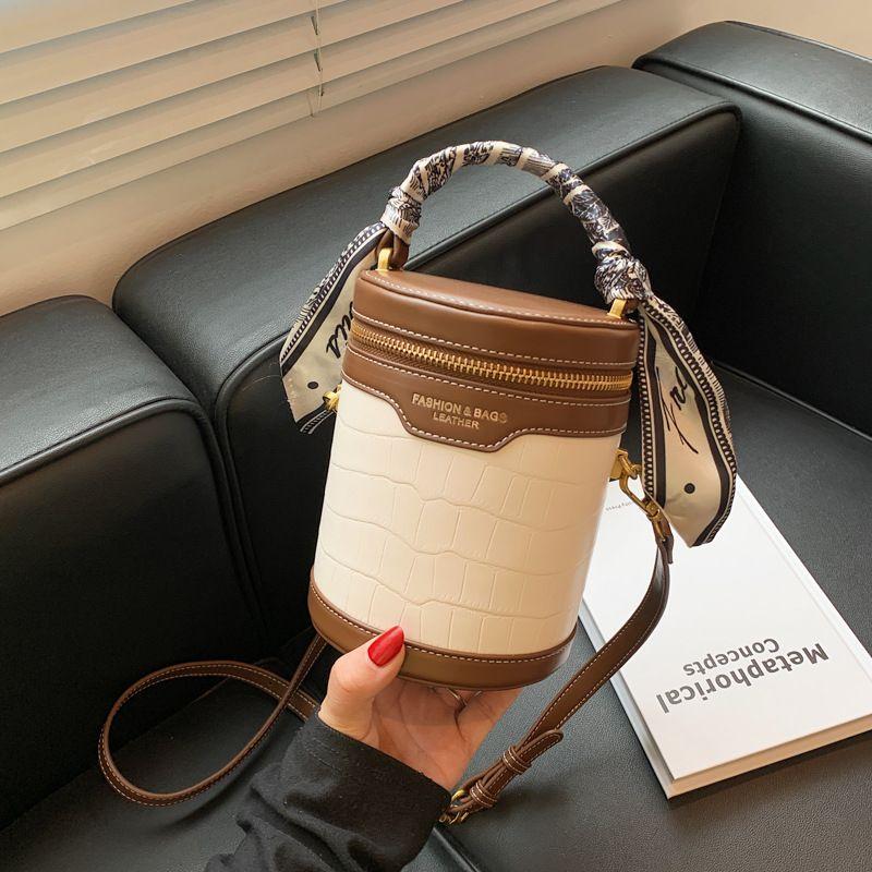 Купить женскую сумочку