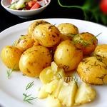 Молодой картофель в рукаве