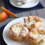 Творожно-грушевый десерт в слоеных корзиночках