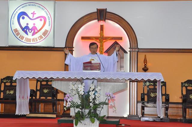 Cảm Nhận Về Thánh Lễ Lúc 12 Giờ Trưa Tại Các Giáo Xứ - Ảnh minh hoạ 6