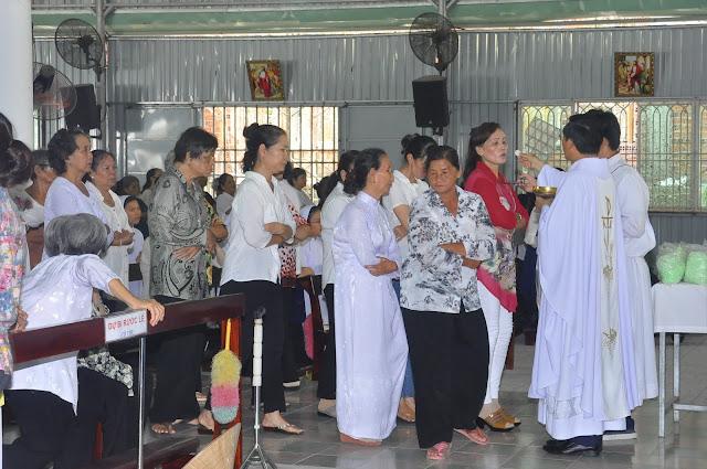 Cảm Nhận Về Thánh Lễ Lúc 12 Giờ Trưa Tại Các Giáo Xứ - Ảnh minh hoạ 8
