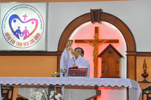 Cảm Nhận Về Thánh Lễ Lúc 12 Giờ Trưa Tại Các Giáo Xứ - Ảnh minh hoạ 7