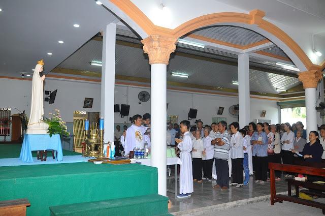 Cảm Nhận Về Thánh Lễ Lúc 12 Giờ Trưa Tại Các Giáo Xứ - Ảnh minh hoạ 13