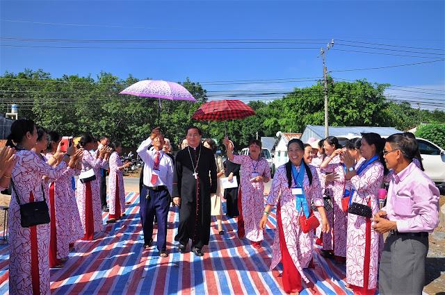 Lễ Đặt Viên Đá Đầu Tiên Xây Dựng Nhà Thờ Giáo Xứ Lô 6 - Ảnh minh hoạ 5
