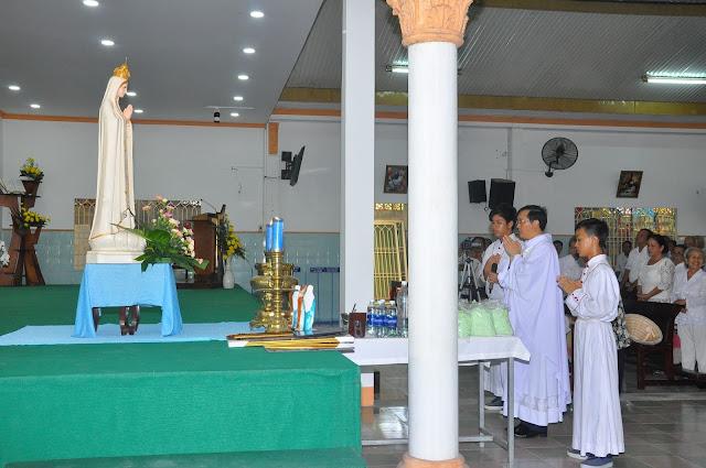 Cảm Nhận Về Thánh Lễ Lúc 12 Giờ Trưa Tại Các Giáo Xứ - Ảnh minh hoạ 11