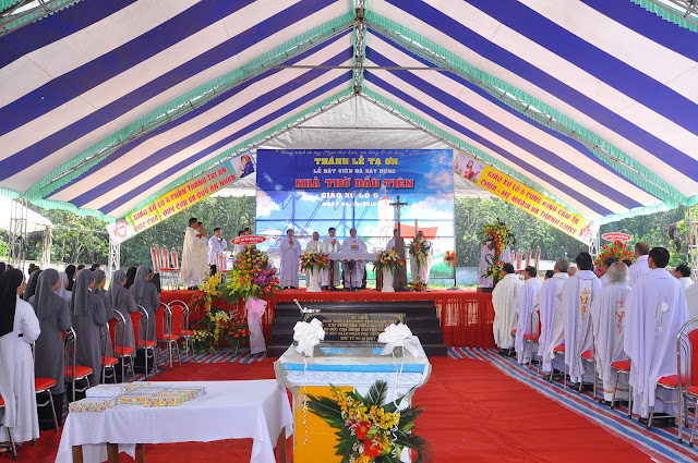 Lễ Đặt Viên Đá Đầu Tiên Xây Dựng Nhà Thờ Giáo Xứ Lô 6 - Ảnh minh hoạ 24