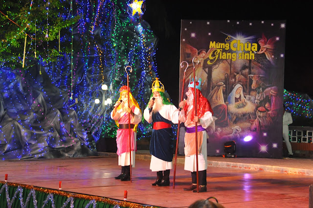 Đêm Thánh Ca Hát Mừng Con Thiên Chúa Giáng Trần Tại Giáo Xứ Tân Thông - Ảnh minh hoạ 27