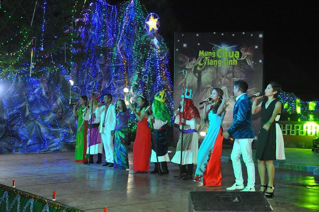 Đêm Thánh Ca Hát Mừng Con Thiên Chúa Giáng Trần Tại Giáo Xứ Tân Thông - Ảnh minh hoạ 29