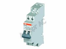 E218-16-22 Выключатель 16А 2НО+2НЗ на DIN-рейку ABB, 2CCA703060R0001