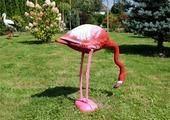 Фигура огородная Фламинго с опущенной головой 61х21х60см PTA9226