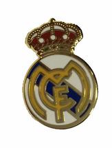 Значок Реал Мадрид эмблема 20 мм с контуром