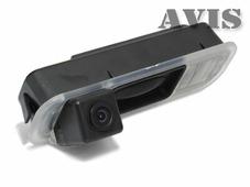 AVEL CCD штатная камера заднего вида AVIS AVS321CPR (#015) для FORD FOCUS III (2011-...), интегрированная с ручкой багажника