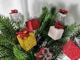 """Товар Россия Декор """"Мини - подарки на проволоке"""" 3*3*25 см ( набор 6 шт) 07608"""
