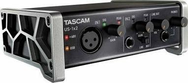 Аудиоинтерфейс TASCAM US-1x2