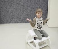 Коленный стул Ортик