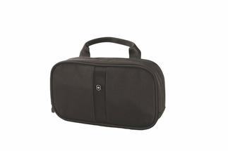 Косметички и бьюти-кейсы Несессер Victorinox Lifestyle Accessories 4.0 Overmight Essentials Kit, чёрный, нейлон 800D, 23x4x13 см, 1 л 31173101