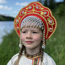 """Кокошник """"Венец"""" взрослый (красный с золотистой окантовкой)"""