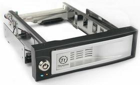 Mobile rack для HDD Thermaltake Max4(SATA) (N0023SN)