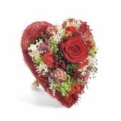 Букет из сухих и стабилизированных цветов Сердце красный
