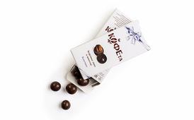 Зерна кофейные Cappuccino 25гр в белом и тёмном шоколаде