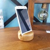 Подставка под телефон деревянная