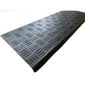 Беларусь Резиновая накладка на ступеньки литая (25×75 см)