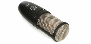 """AKG P220 конденсаторный кардиоидный микрофон, мембрана 1"""", 20-20000Гц, 20мВ/Па, SH300 """"паук"""", кейс"""