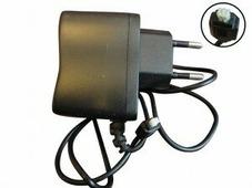 не определён Зарядное устр-во для микровертолетов 220В-800 mAh
