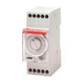 AT2e-R Электромеханическое суточное реле времени с резервом питания, 16А, 230В AC, 1ПК ABB, 2CSM231235R0601