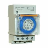 Реле времени Электромеханическое суточное реле времени с резервом питания, 16А, 230В AC, 1ПК Schneider Electric