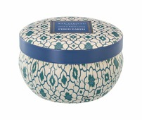 Свеча ароматизированная Wax Lyrical Ассамский чай и белый кедр, 25 часов горения