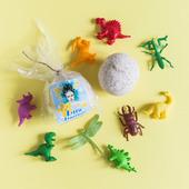 Бомбочка детская универсальная с игрушкой