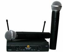 Arthur Forty AF-200 (VHF) Вокальная радиосистема с 2 ручными микрофонами