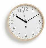 Часы настенные кварцевые Umbra Rimwood
