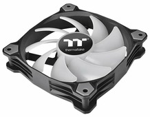 Система охлаждения для корпуса Thermaltake Pure Plus 14 RGB Radiator Fan TT Premium Edition (3-Fan Pack)