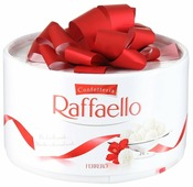Набор конфет Raffaello Торт 100 г