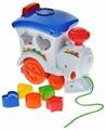 Каталка-игрушка Keenway Веселый паровозик с паззлами (31537) со звуковыми эффектами