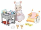 Игровой набор Sylvanian Families Медсестра с аксессуарами 2816/5094
