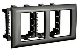 Лицевая накладка/ суппорт с рамкой для монтажа эуи в настенном кабель-канале DKC 4402914