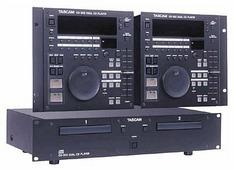 DJ CD-проигрыватель Tascam CD-302